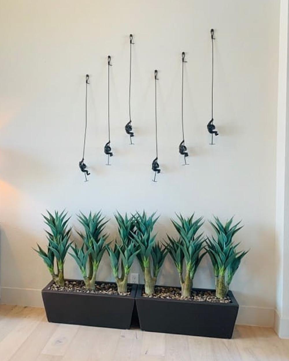 Silk plants and wall art